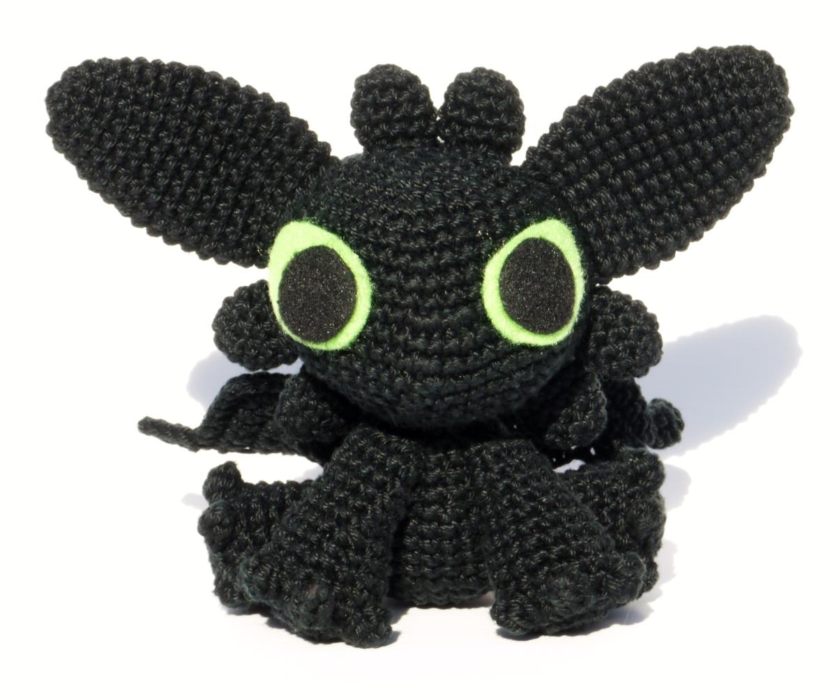 Amigurumi Toothless – Krafty Kait